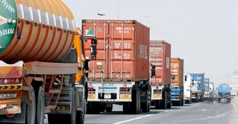 وزارة الداخلية تمنع سير مركبات نقل البضائع