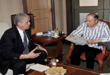 عائلة سلال تعزي في وفاة الرئيس السابق بوتفليقة